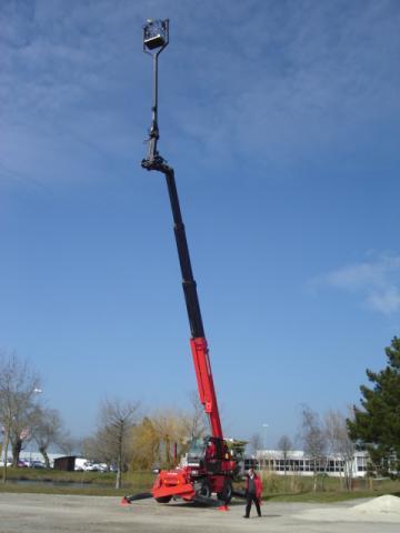 Geen last van hoogtevrees (ca. 35m hoog)
